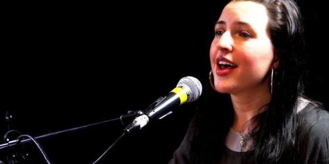 ABD'li şarkıcı Jennifer Grout