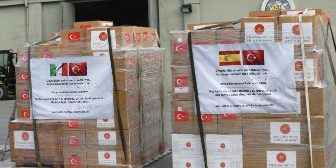 Türkiye'den İtalya ve İspanya'ya tıbbi malzeme gönderildi