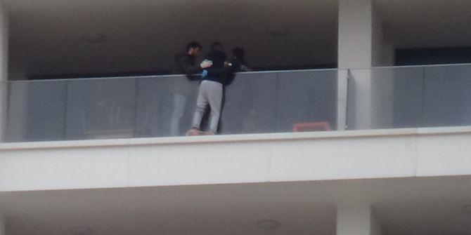 Eşiyle kavga etti! 29. kattan intihara kalkıştı