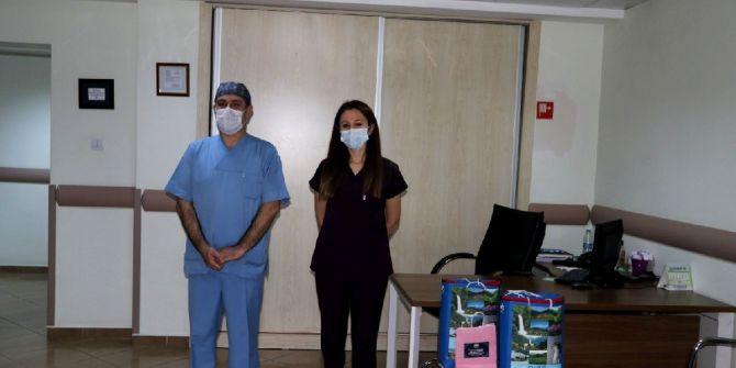 Rize'de koronavirüsü yenen iki hemşireden büyük fedakarlık!