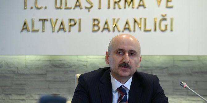 Bakan Karaismailoğlu açıkladı! ''Maskeler PTTKargo aracılığıyla yola çıktı''