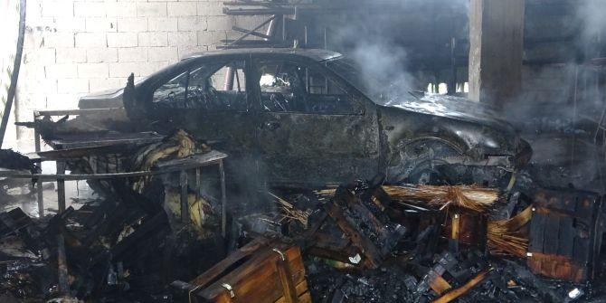 Depodaki yangında hurdaya dönen otomobil ve motosiklet için gözyaşları sel oldu!