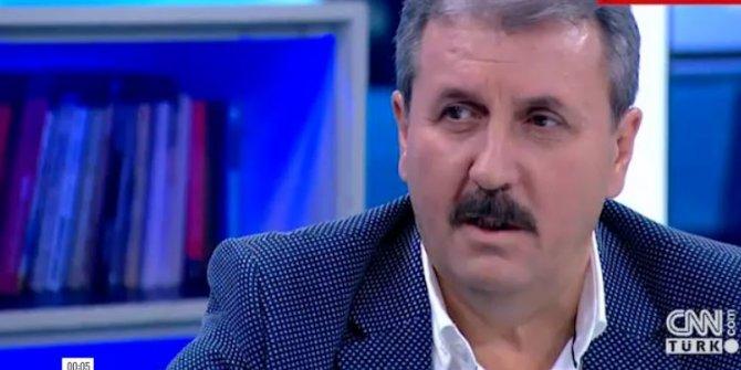 Mustafa Destici canlı yayında türkü söyledi