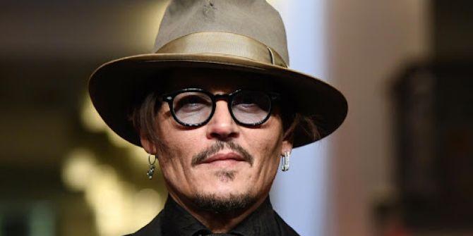 Johnny Depp instagram hesabı açtı! 1 saatte 1 milyon takipçiyle rekor kırdı