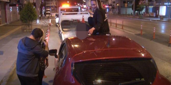 İzmir'de alkollü 2 kadın ortalığı birbirine kattı