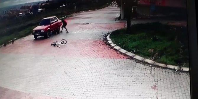 Uşak'ta bisikletle hız yapan iki genç az kalsın ölüyordu!