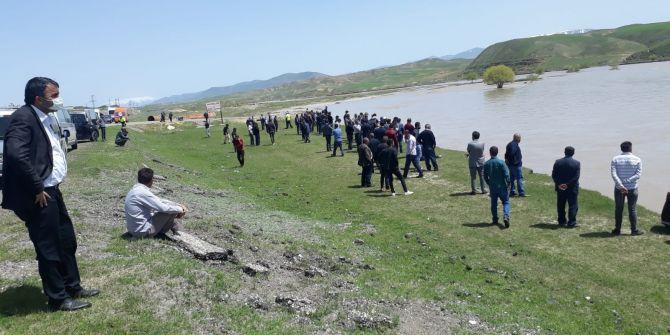 Aras Nehri'nde akıntıya kapılmıştı! O kişinin cansız bedenine ulaşıldı