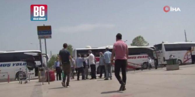 Bursa Terminali'nde otobüs firmalarının çalışanlarından yolcu kapma kavgası!