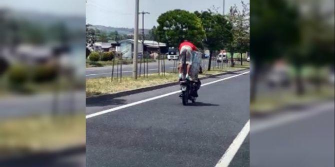 Tekirdağ'dan akıl almaz görüntü! Motosikletle dev varil taşıdılar