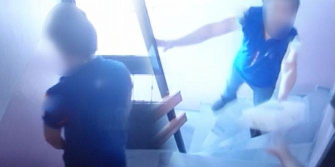 Ünlü kargo şirketi çalışanından skandal hareket! Duvara idrarını yaptı
