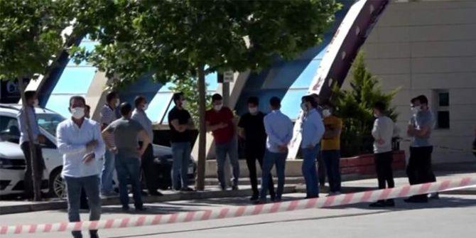 Siirt'te market çalışanının testi pozitif çıkınca market karantinaya alındı!