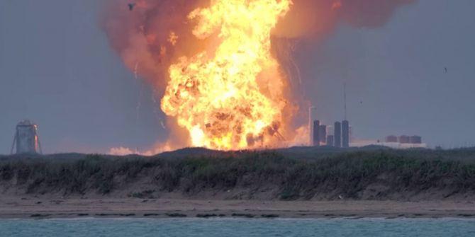 ABD'de SpaceX roketi test sırasında patladı!