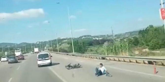 Aracın arkasına tutunan bisikletli genç, ölümden kıl payı kurtuldu!