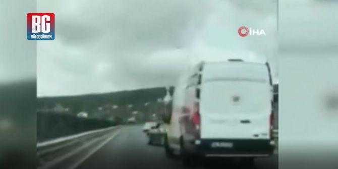 Beykoz'da düğün konvoyu trafiği birbirine kattı!