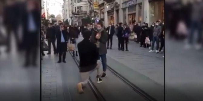 Barış Murat Yağcı'dan Nisa Bölükbaşı'na İstiklal'de evlilik teklifi!